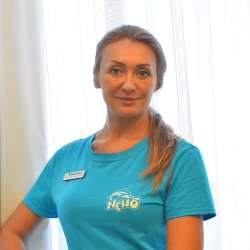 specialist în terapie cu delfini Aleksandra Ihorivna Rakoch, fotografie