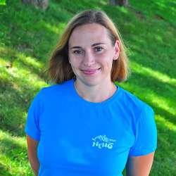 dolphin therapy specialist Anna Viktorivna Zinchenko, photo
