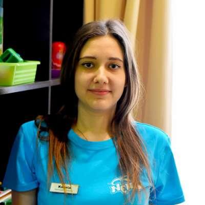 specialist în terapie cu delfini Mikhailova Ksenia, fotografie therapynemo.com